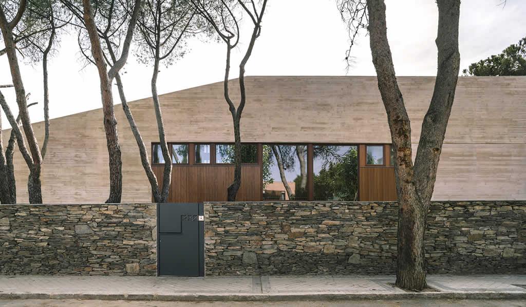 Vivienda en Aravaca / DL+A De Lapuerta Campo arquitectos asociados