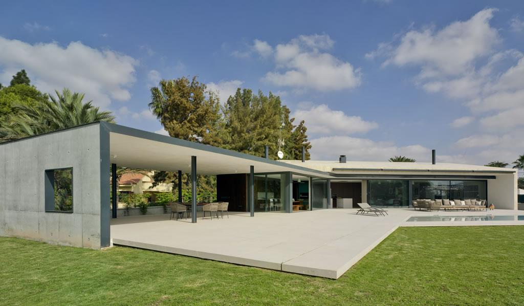 Vivienda unifamiliar en Valverde / estudio arn arquitectos