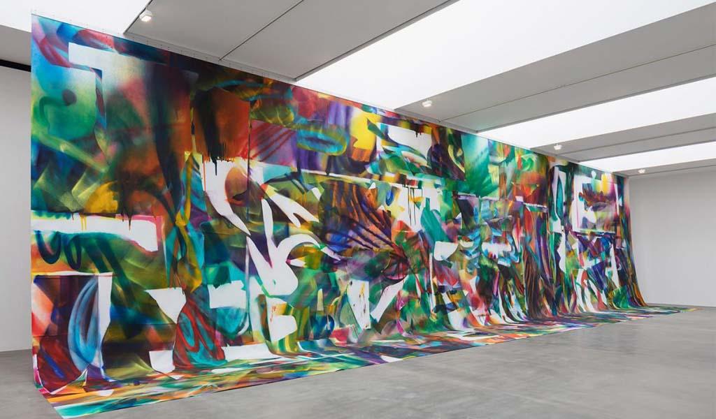 Katharina Grosse: la pintora filosófica y sus prototipos de imaginación