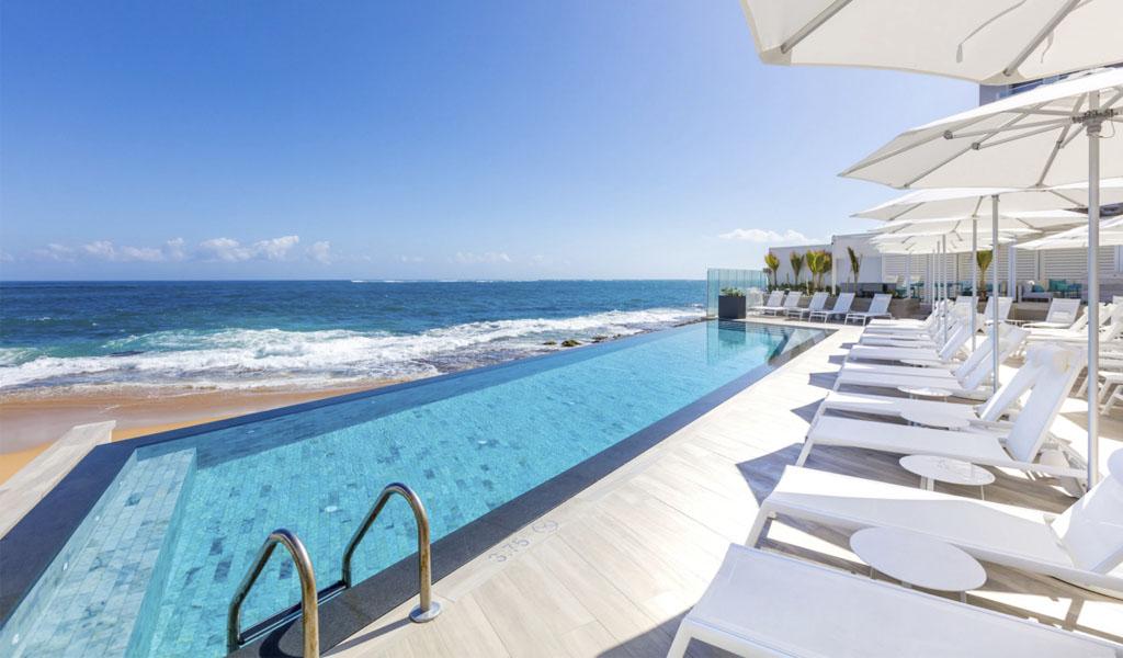 El Serafina Beach Hotel celebra la cultura de la arena y el surf de San Juan, Puerto Rico