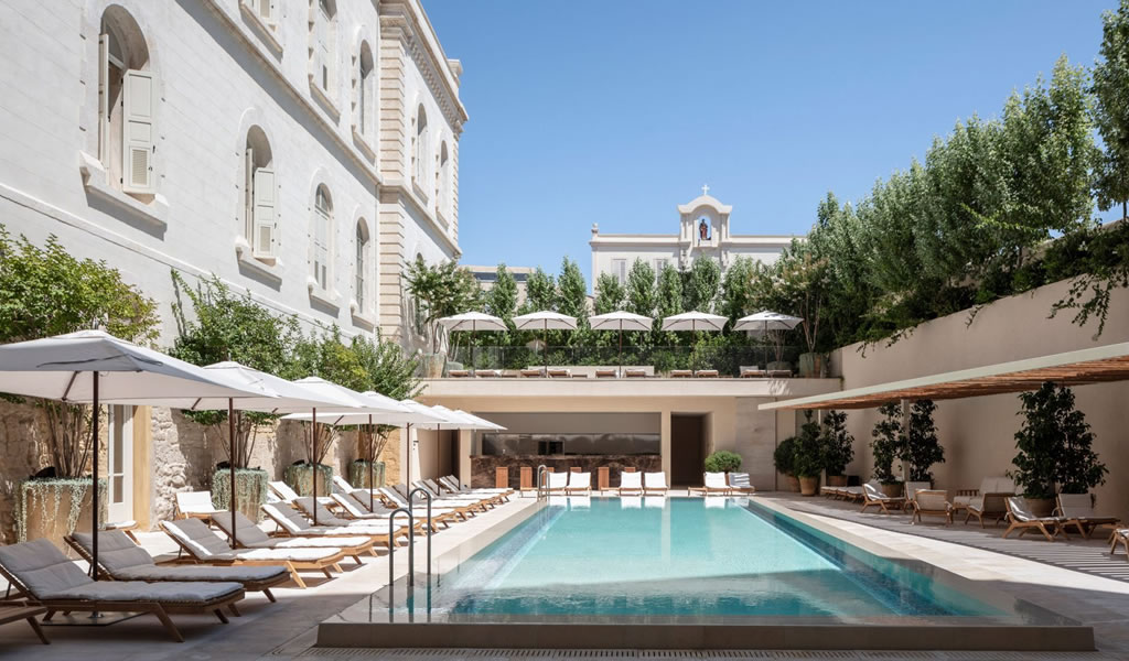 John Pawson transforma el convento histórico en el Hotel Jaffa en Tel Aviv