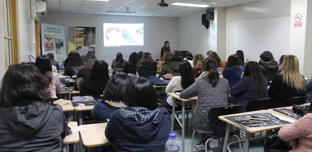 Dossier de Arquitectura presentó el taller: transmitiendo ideas con creatividad