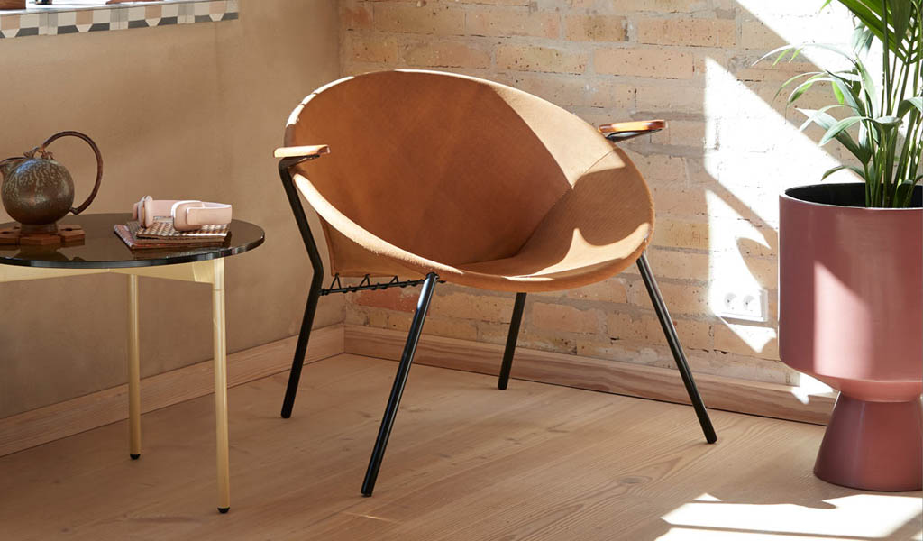Warm Nordic lanza la Iconic Balloon Lounge Chair de Hans Olsen desde 1955