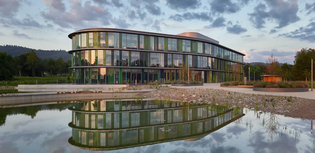 Centro técnico de WALA Heilmittel GmbH / h4a Gessert + Randecker Architekten