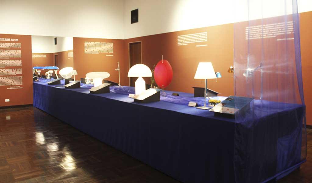 """El Instituto Italiano de Cultura inauguró la muestra """"El design italiano bajo la luz"""""""
