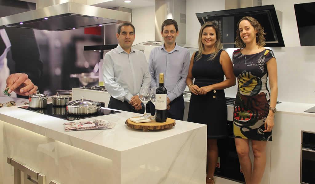 """Decor Center presentó la exposición """"Proyectos residenciales: especial de cocinas abiertas"""""""
