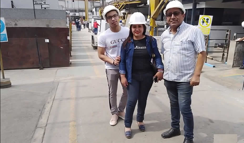 Visita de Luis Escobar Interiorismo a Pierinelli SAC