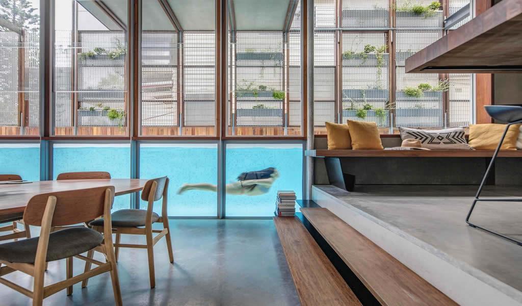 Piscinas interiores: incorporando agua en espacios cubiertos