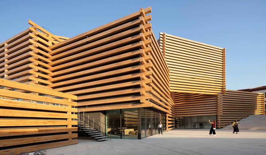Se inaugura el nuevo museo con fachada de madera diseñado por Kengo Kuma en Turquía