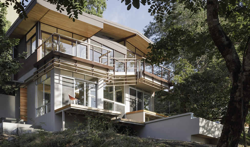 Casa de los balcones / LSD Architects