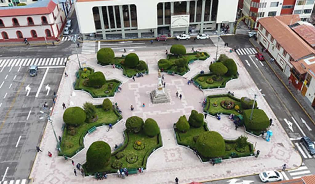 Nuevo alumbrado ornamental de la Plaza de Armas de Puno ahorrará 50% de energía