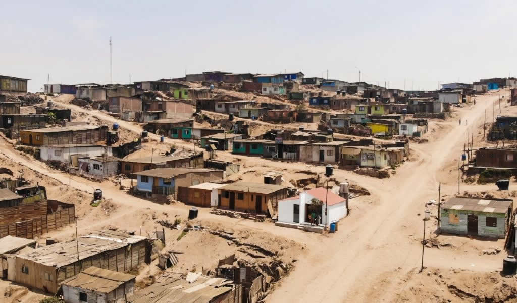 Casa en Asentamiento Humano Leandra Ortega, Ventanilla / Estudio Llatas