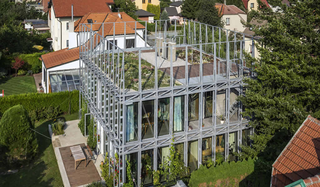 Casa en un corsé de acero/ ŠÉPKA ARCHITEKTI