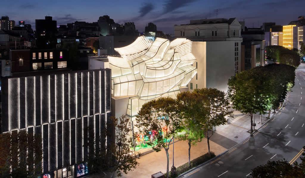 Se inaugura Louis Vuitton Maison Seoul diseñada por Frank Gehry y Peter Marino