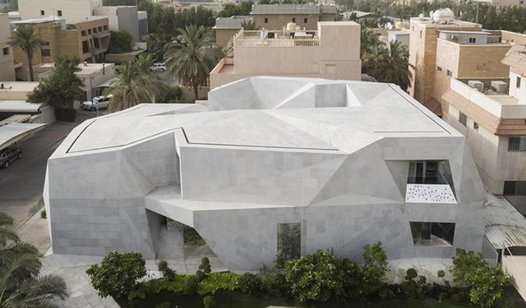 Una casa diseñada basándose en el arte del origami