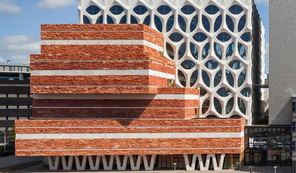 Un museo que combina arquitectura, moda y naturaleza