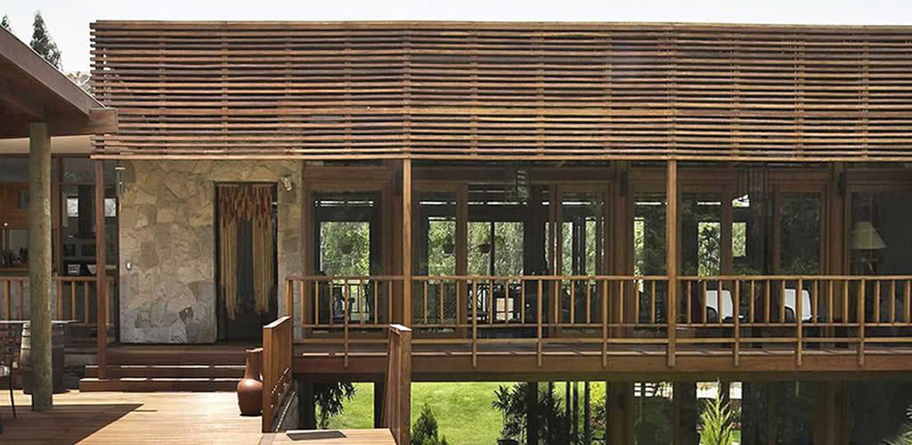Casas con pérgolas de madera