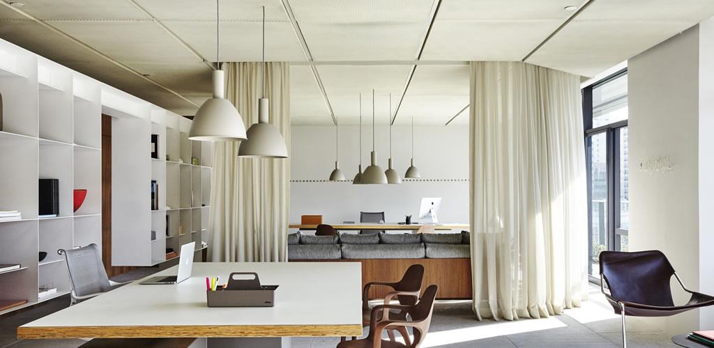 Una arquitectura fluida y adaptable, el uso de cortinas