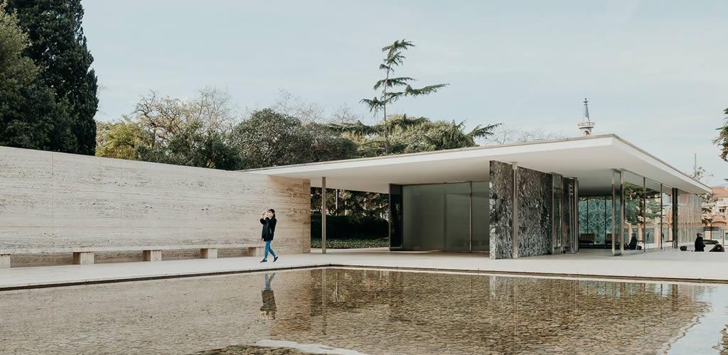 """""""Mies on scene"""", el documental del edificio que cambió la historia de la arquitectura"""