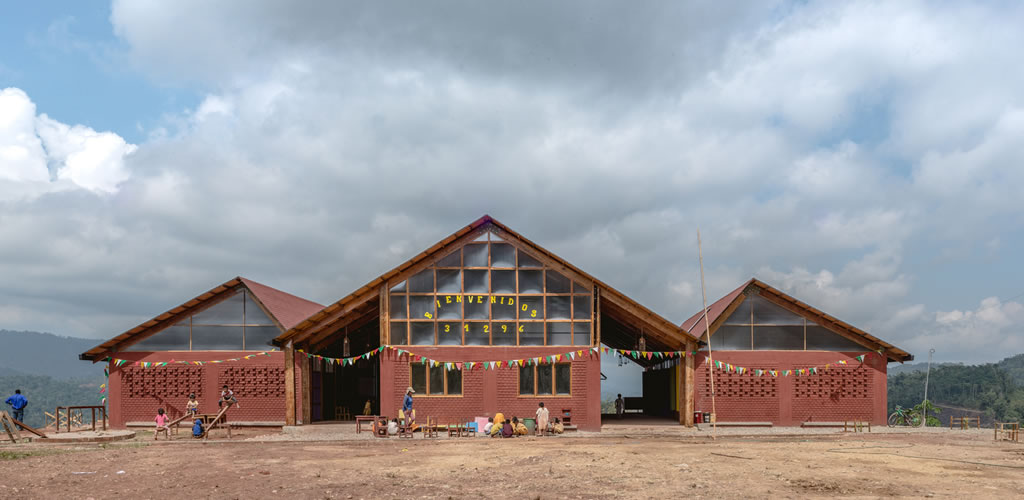 Escuela Inicial y Primaria Unión Alto Sanibeni por Semillas