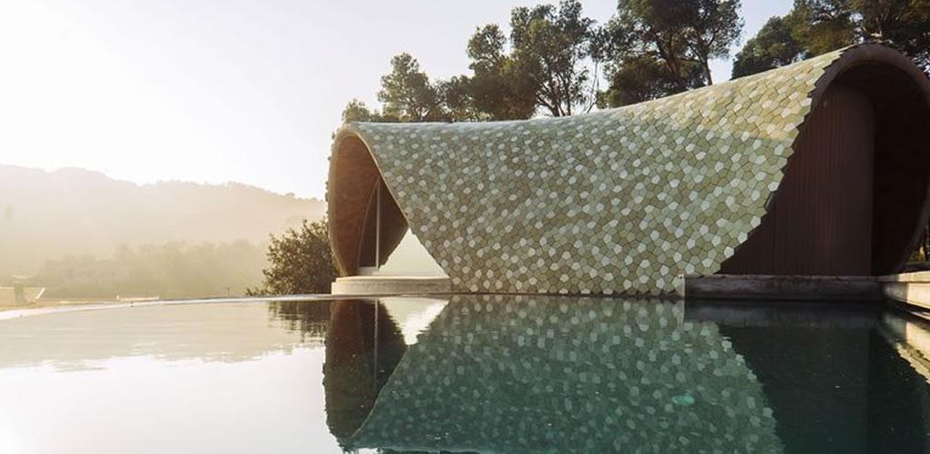 Una casa futurista con tradición mediterránea