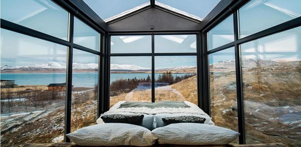 Una cabaña de estilo vikingo para ver la Aurora Boreal en Islandia
