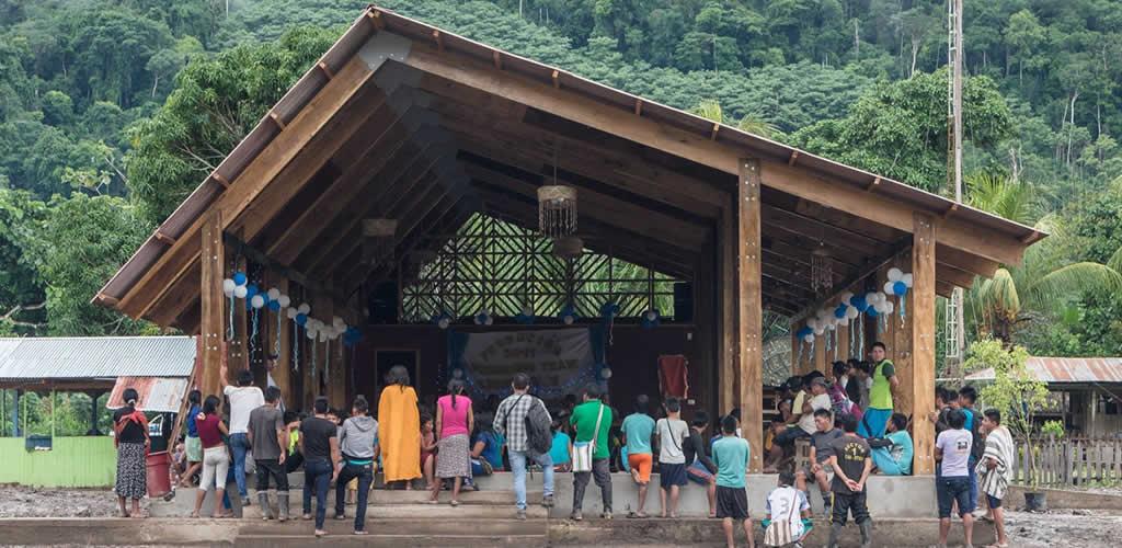 Nuevo local comunal para la Comunidad nativa de Otica por Semillas