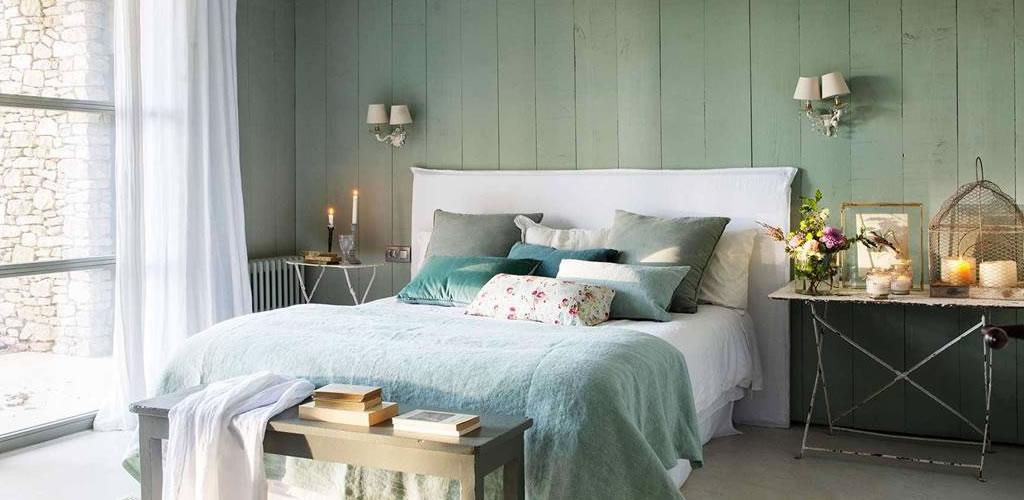 Dormitorios en verde que invitan al relax
