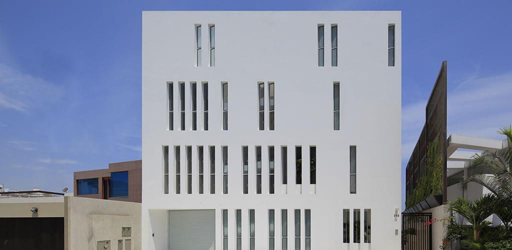 Edificio Paquidermo por Martin Dulanto