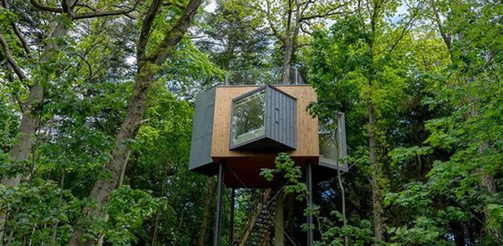 Unas cabañas sostenibles escondidas en las copas de los árboles