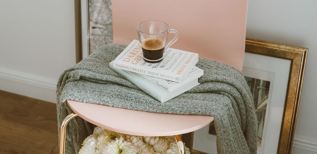 La tendencia del momento: muebles rosas para decorar tu hogar