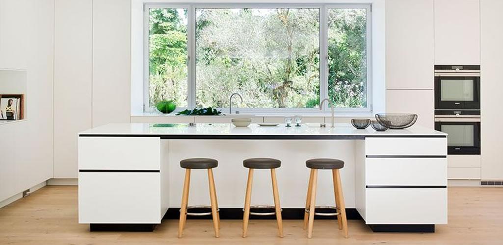Inspiración: Ideas para colocar plantas en la cocina