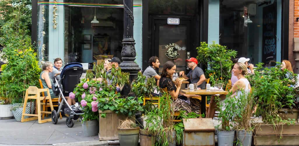 Los restaurantes abiertos al aire libre de Nueva York serán permanentes