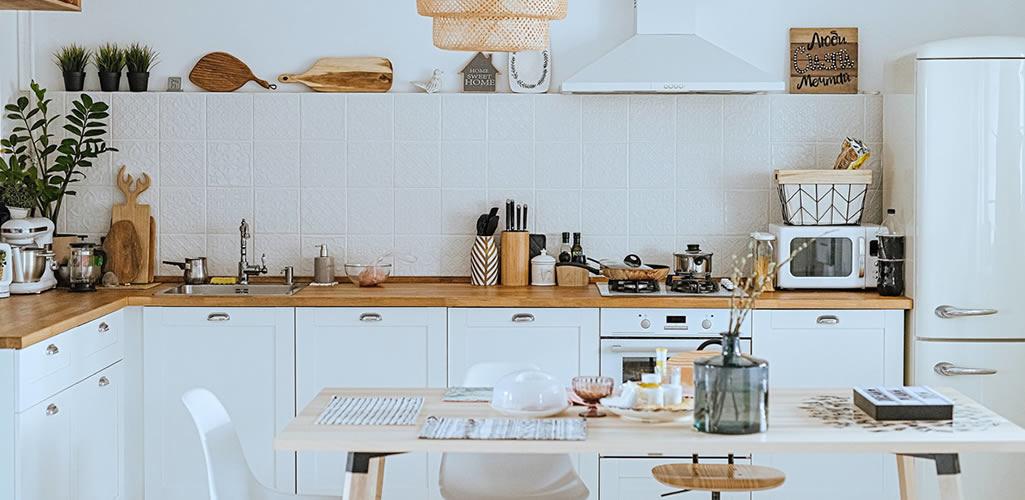 Diseña la cocina de tus sueños siguiendo estos 7 consejos decorativos