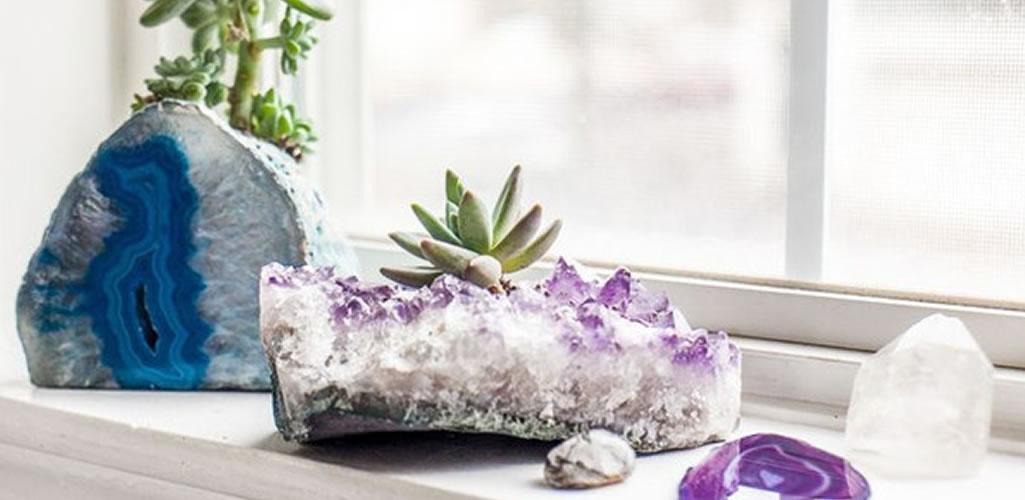Macetas de cuarzo, la nueva tendencia decorativa para tus plantas