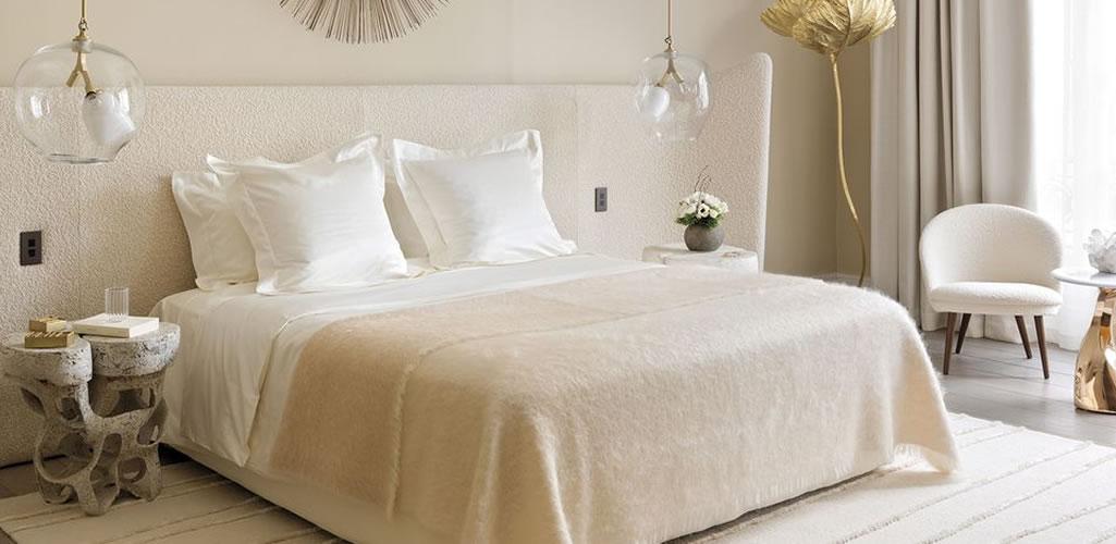 Dormitorios llenos de luz donde el blanco es el protagonista