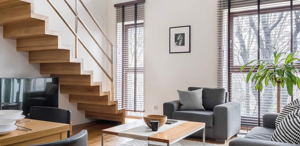 Te damos 7 ideas de escaleras para casas pequeñas que te encantarán