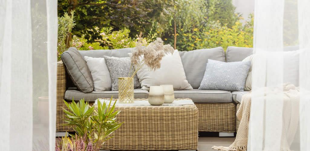 7 consejos para decorar tu terraza con poco dinero y que luzca cara