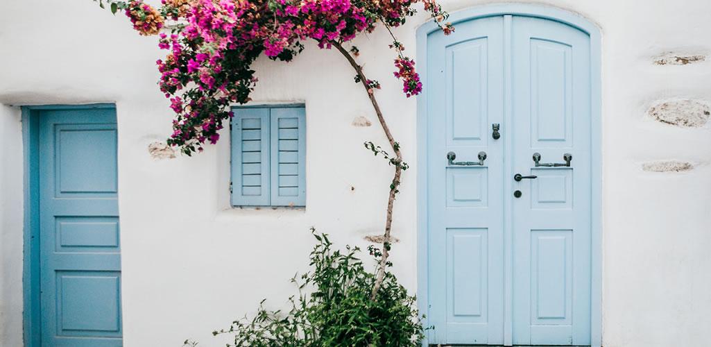 7 tips para darle un toque mediterráneo a la decoración de tu hogar