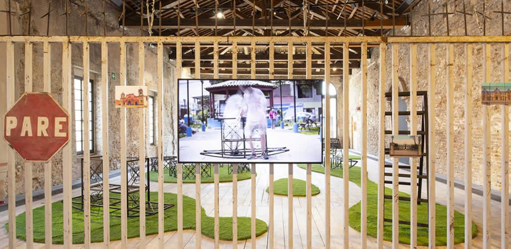 El pabellón de Perú en la Bienal de Venecia 2021 invita a transformar las rejas en dispositivos de integración