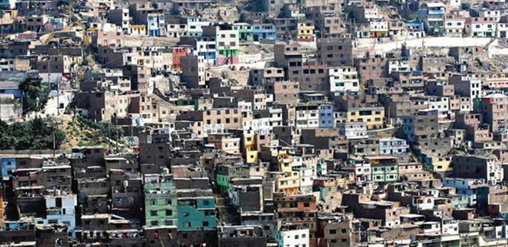 Casi un millón de limeños habita en una casa muy vulnerable frente a un terremoto