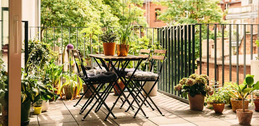 Estas son 5 grandes formas de maximizar el espacio de tu balcón
